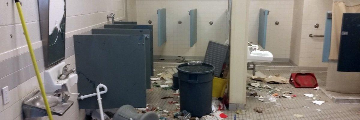 The Private Prison Primer: Stolen shoes and the Kingman riots, Part 2
