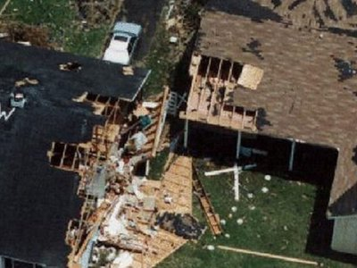 Army documents offer lessons learned from Hurricane Andrew