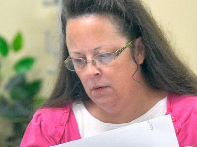 "Kim Davis is ""old school"" about public records requests"