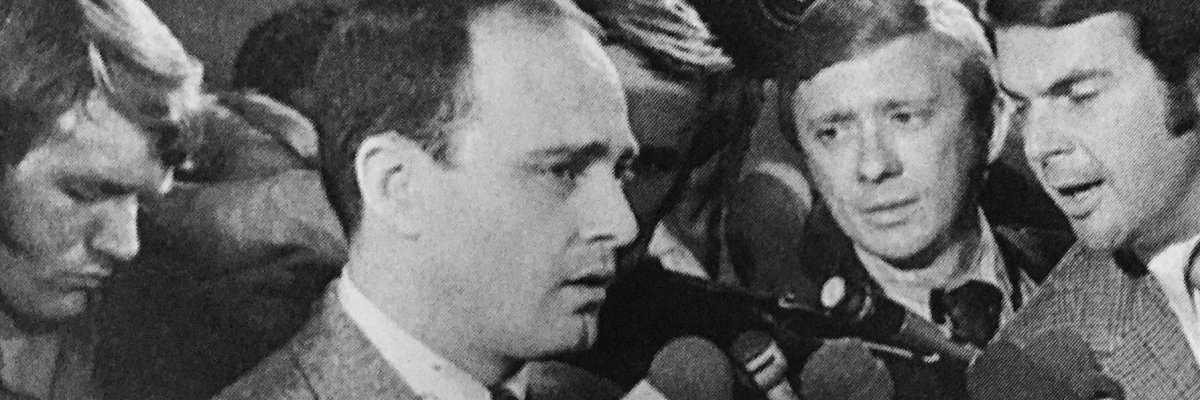 Vincent Bugliosi's FBI file shows the prosecutor of infamous Manson Family murders got a few threats of his own