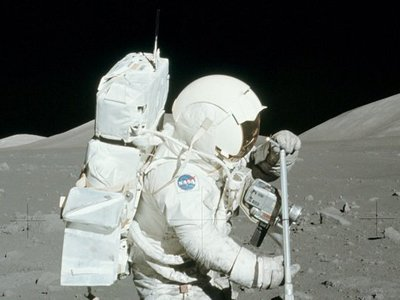 "NASA investigation into ""stolen moon rocks"" turns into the saddest short story"