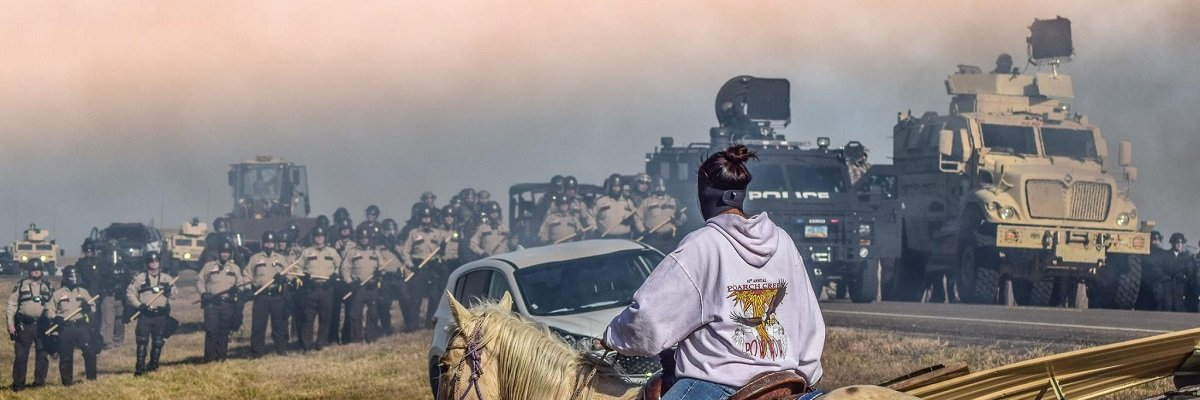 Wisconsin governor appears to choose subduing Standing Rock protest over aiding Hurricane Matthew victims
