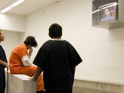 West Coast lawmakers propose moratorium on immigrant detention centers