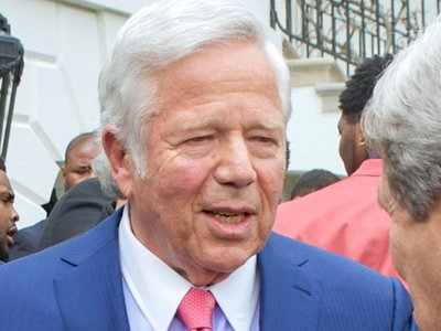 Robert Kraft's lawyers call to block release of day spa recordings through Florida public records law