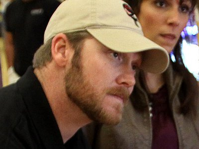 "Navy releases ""American Sniper"" Chris Kyle's military record"